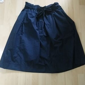 2/20$ NWOT H&M blue women skirt
